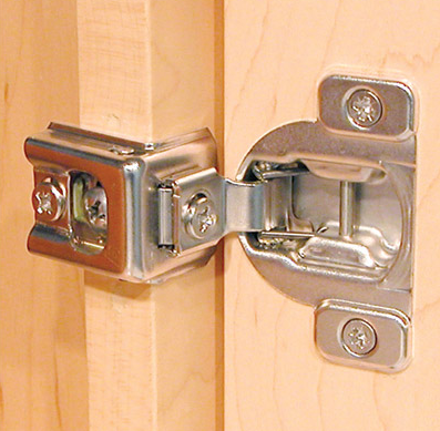 Adjusting Kraftmaid Kitchen Cabinet Door Hinges